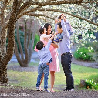 Family portrait photography in Sydney - natural and emotional